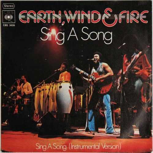 Earth, Wind & Fire : Sing A Song (Käytetty single)